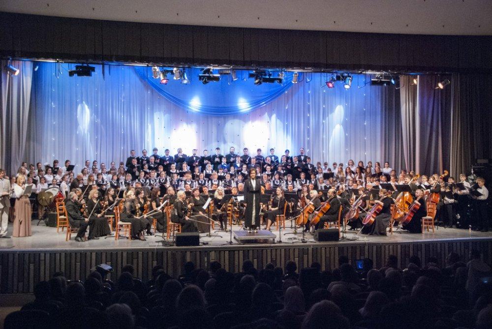 Концерт посвященный Рождеству Христову и Новому 2015 году благости Божией состоялся в БКЗ