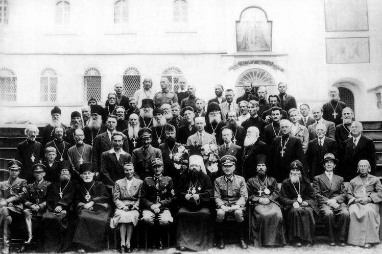 Псковская духовная миссия: 1941-1944