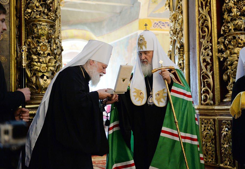 Предстоятель Русской Церкви посетил Троицкий кафедральный собор в Псковском кремле