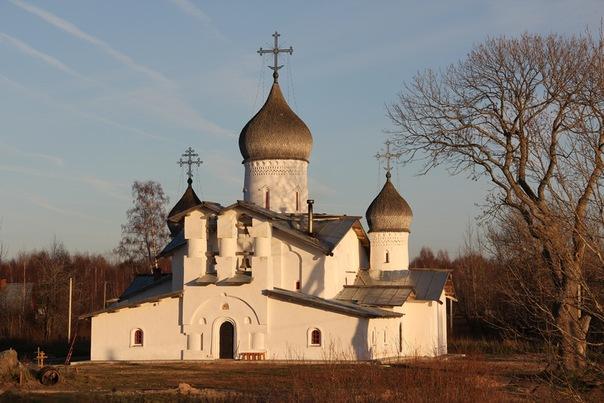 Храм Святой Троицы в селе Доможирка Гдовского района Псковской области