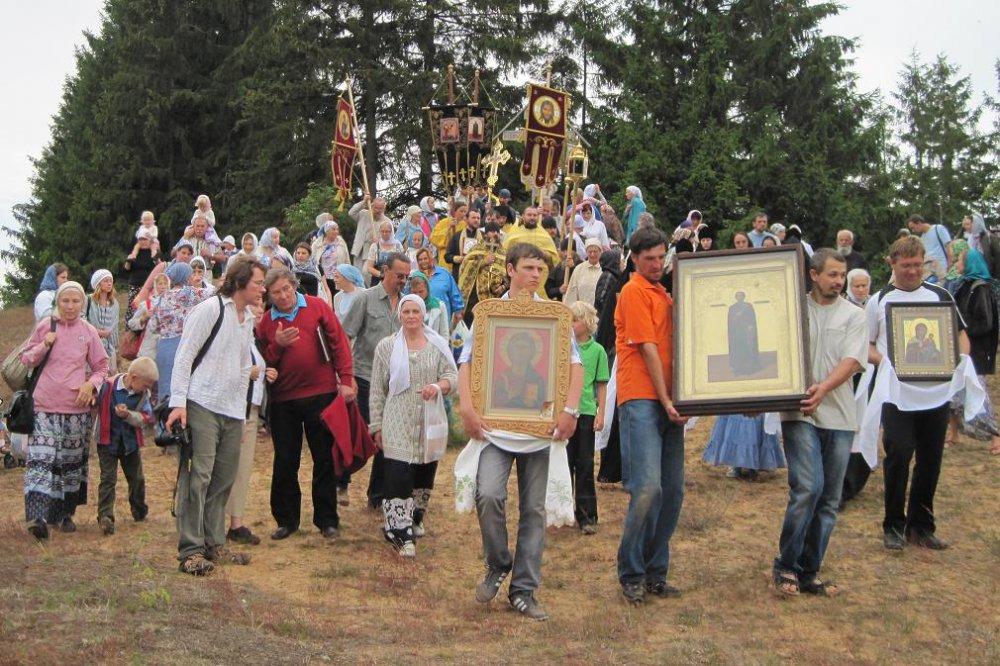Спустя полвека забвения Крестный ход с иконой Спаса Елеазаровского снова совершен на Талабские острова (ВИДЕО)