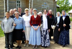 Паломничество в Свято-Благовещенскую Никандрову пустынь 10 июня 2012 года