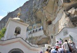 Посредством Веры в паломнических поездках люди получают просимое у Бога исцеление