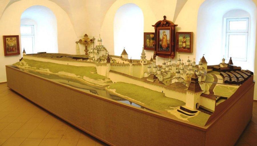 Дерягин А. Г. Большой макет Псковского кремля (история создания)