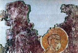 Рис. 33. Поясное изображение мученика. Фрагмент фрески из храма Покрова Богородицы в Довмонтовом городе г.Псков