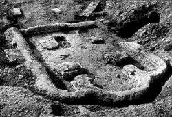 Рис. 2. Храм №3 в процессе раскопок. Общий вид