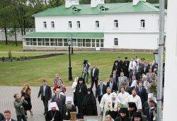 Первосвятительский визит в Псковскую епархию. Передача чудотворной иконы «Спас Вседержитель»